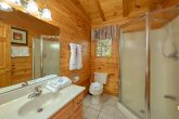 3 Bedroom Cabin with Walk-in Shower