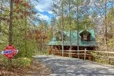 Wooded 3 Bedroom Cabin near Pigeon Forge