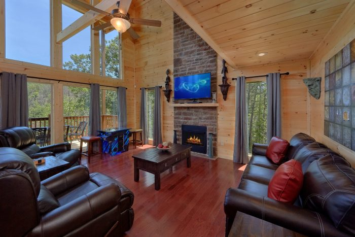 2 Bedroom Cabin with Pool Table and Arcade Game - Scenic Mountain Pool
