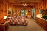 Luxurious Master King Suite in Cabin Rental