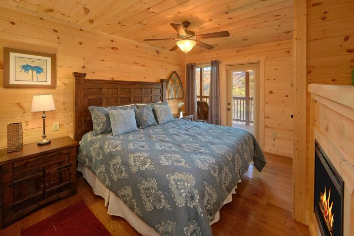 2 Bedroom Pool Cabin with Covered Deck - Swimming Hole
