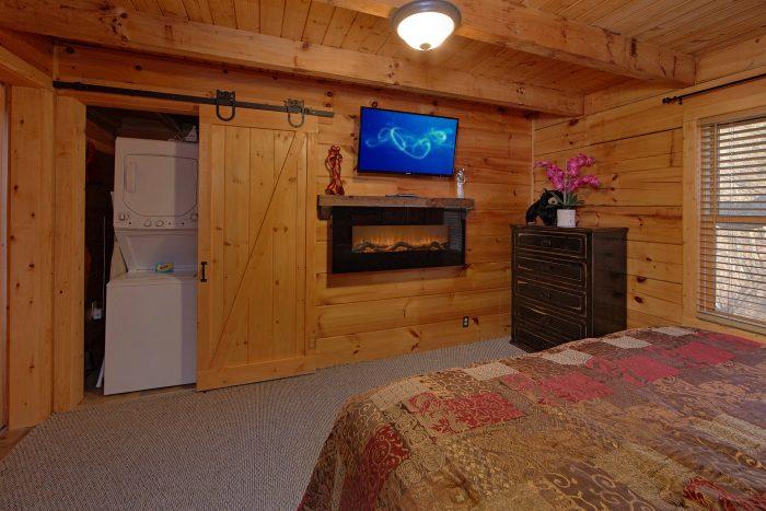 1 Bedroom Cabin Sleeps 4 with Views - The Overlook