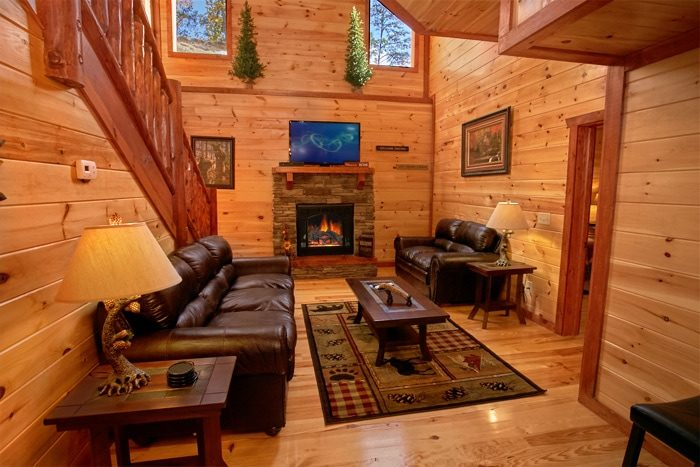 Pigeon Forge Luxurious Cabin with Living Room - The Preserve