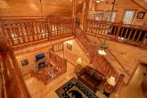 Luxurious 6 Bedroom Cabin with Spacious Loft