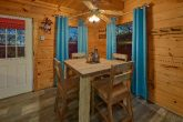 Luxurious 2 Bedroom Cabin with King & Queen beds