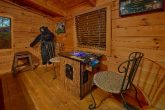 2 Bedroom Cabin with Deck, Yard and Pool