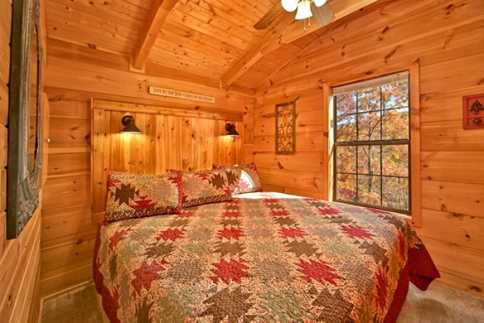 Cabin with spacious King size bedroom - Where the Magic Happens